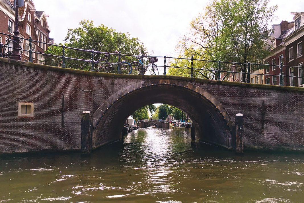 Amsterdam zu Fuß erkunden 7 Bridges