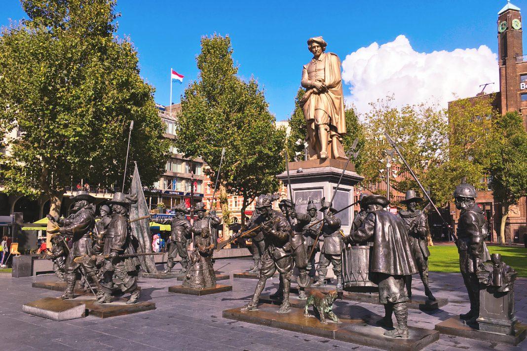 Amsterdam zu Fuß erkunden Rembrandtplein