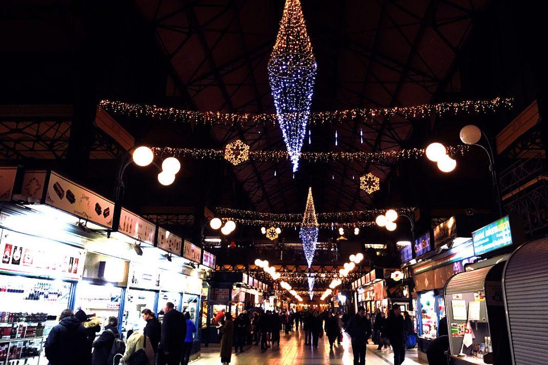 Budapest zu Fuß erkunden Große Markthalle
