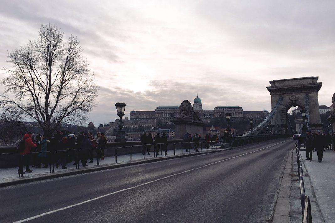 Budapest zu Fuß erkunden Kettenbrücke