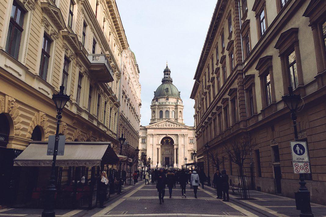 Budapest zu Fuß erkunden St.-Stephans-Basilika